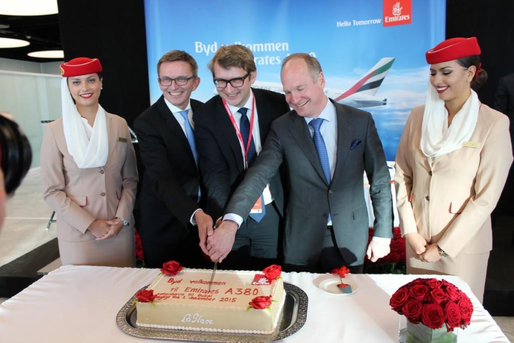 Ankomsten af A380 fejres med kage og champagne