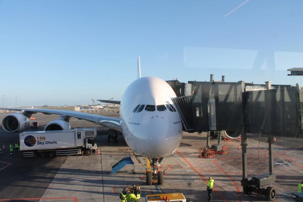 Emirates A380 ved den nybyggede gate i København.