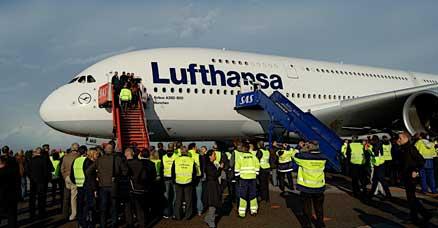 flyselskaber_lh_a380_a380-1