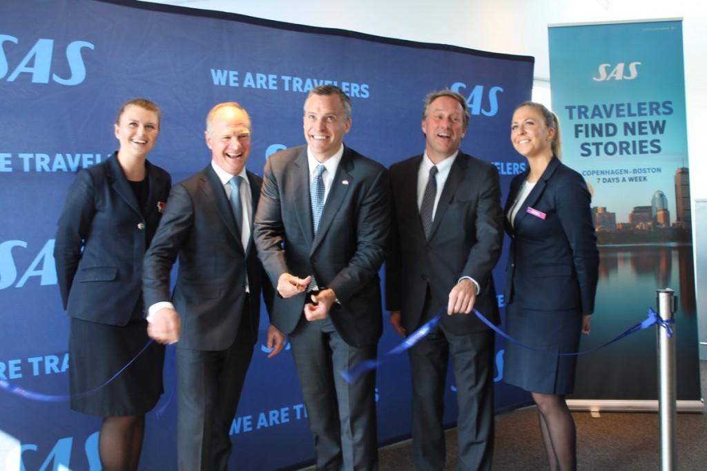 Snoren er klippet og den nye rute mellem København og Boston er officielt indviet.