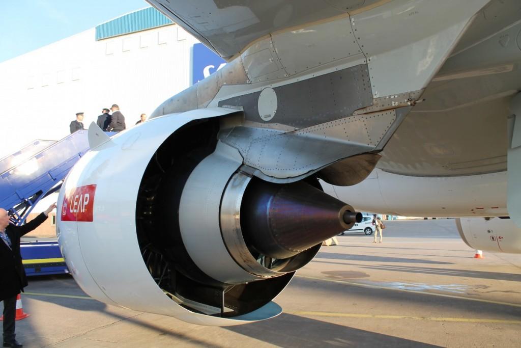Airbus A320neo har betydeligt større motorer end hidtidige udgaver af Airbus A320. Det gør flyet langt mere brændstofeffektivt. P.t. bruger det cirka 15% mindre brændstof og Airbus forventer at de i 2020 får besparelsen helt op på 20%