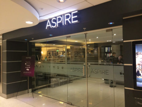 aspire_lounge_manchester_entrance