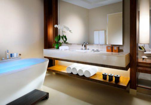 Det rummelige badeværelse (billede lånt på hotellets hjemmeside)