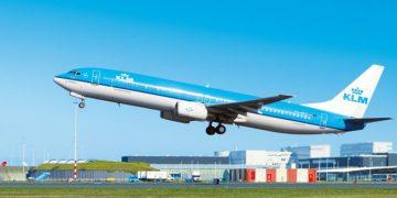 KLM B737-900