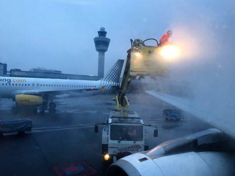 Aegean Airlines de-icing