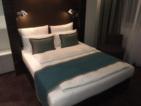 anmeldelse hotel hamburg am michel motel one. Black Bedroom Furniture Sets. Home Design Ideas