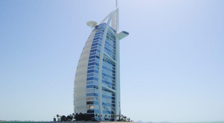 Emiraterne Indforer Moms Ogsa Turisme Bliver Dyrere Insideflyer Dk