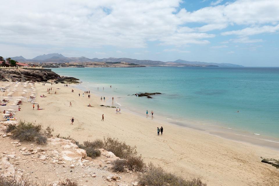 https://pixabay.com/da/strand-fuerteventura-costa-calma-676932/