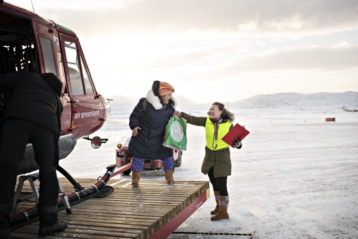 To nye helikopterpladser godkendt på Grønland -...