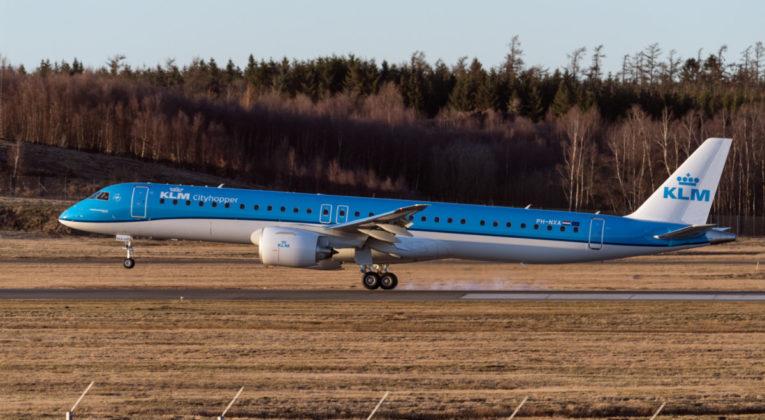 KLM E915-E2 (PH-NXA)